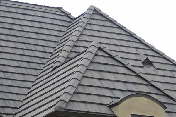 Tile Roofing of Long Neck